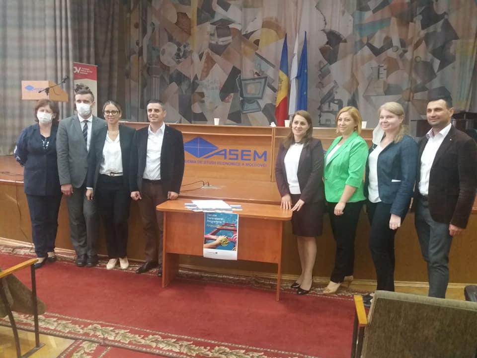 Trei companii autohtone, la concursul dunărean pentru cea mai bună afacere socială