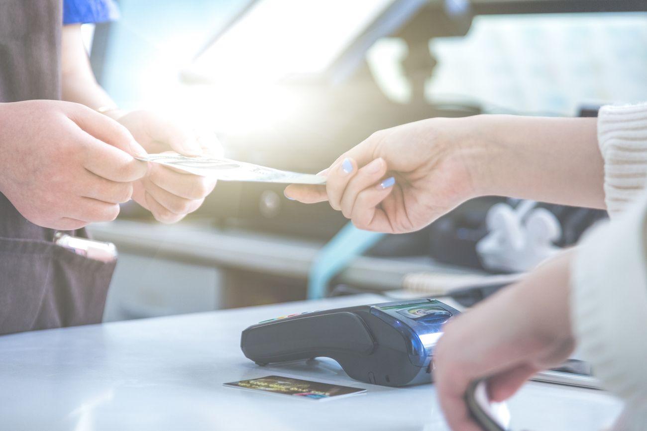 Ce pot face antreprenorii cu dificultăți în achitarea creditelor?