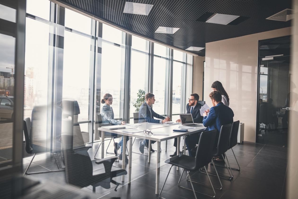 Ce trebuie să știe un antreprenor când își deschide o firmă?