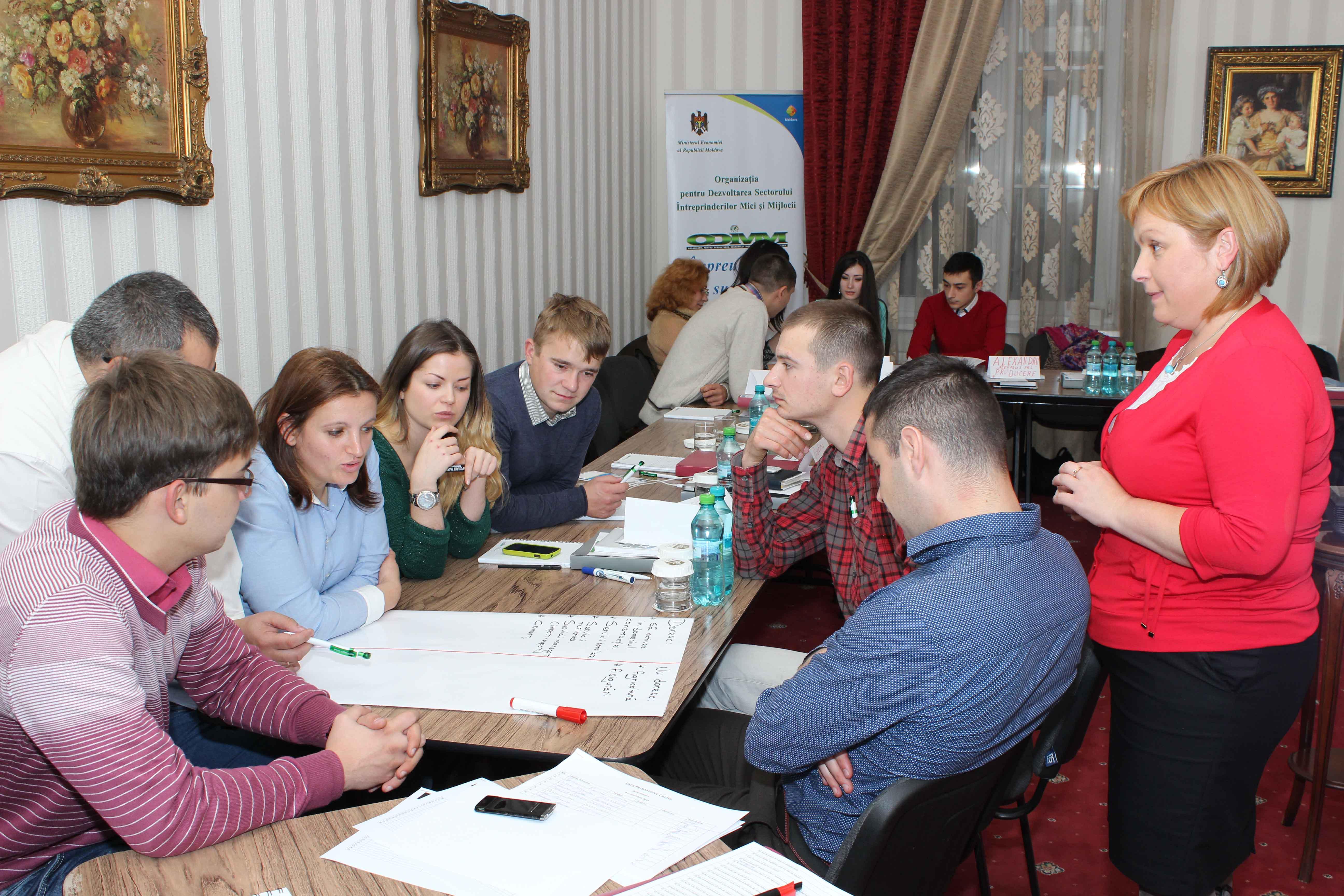 """Trainingul """"Internaţionalizarea IMM-urilor""""– un prim pas spre extinderea afacerii"""