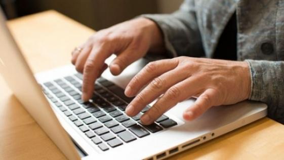 Agenții economici își pot prezenta rapoartele statistice în format electronic