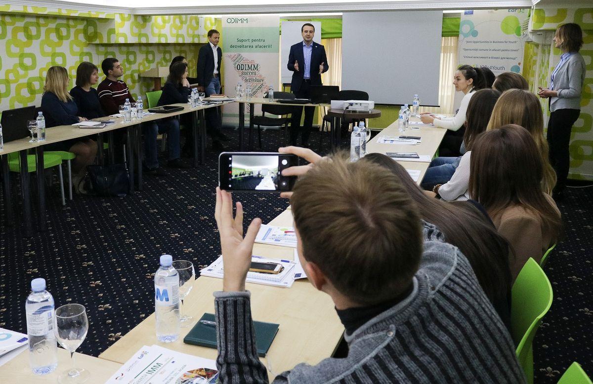 60 молодых людей из Молдовы и Украины будут обучены основам создания бизнеса